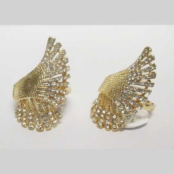 rhinestone wings ring