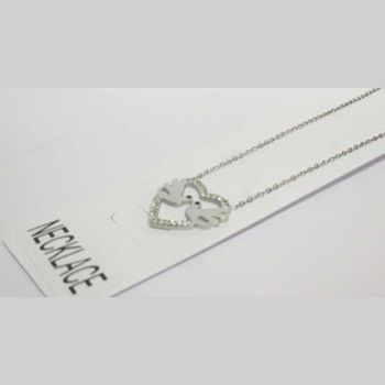 pendant jewelry bird kissing in a heart
