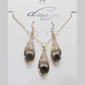 black crystal necklace jewelry at wholesaler