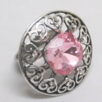 Ring fantaisy pink color