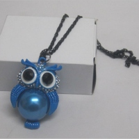 Collier hibou coloré