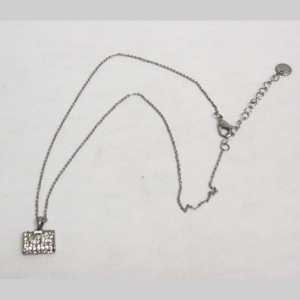 Bag necklace