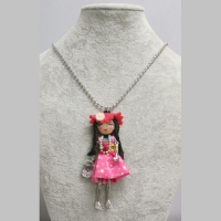 Long necklace doll miss