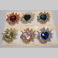 Heart brooch set of 12