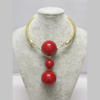 collier 3 boules rouge