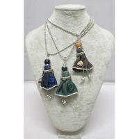 Lot of Necklace doll