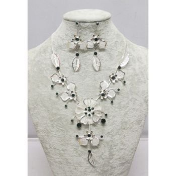 Jewelry set white green