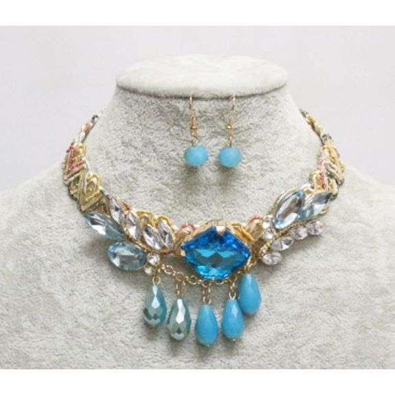 Vintage fashion jewelry