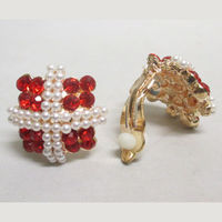 Clip earrings in red for unperforated ears