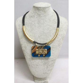 jewelry necklace ethnic to wear
