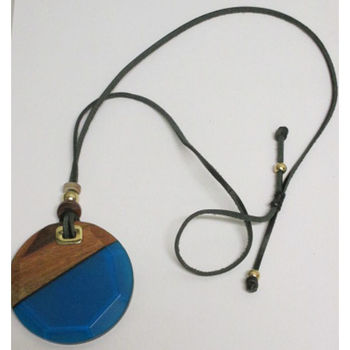 Fashion jewelry wood and resin