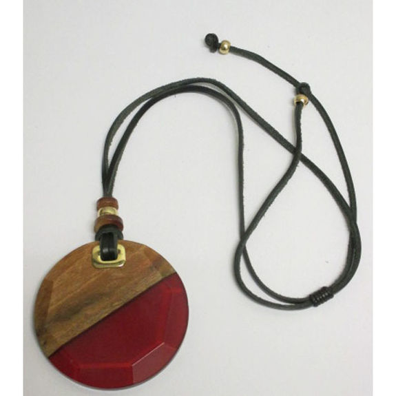 adjustable resin wood necklace