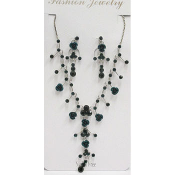 Green Woman's jewelry set