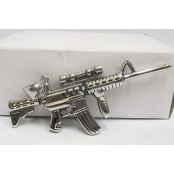 submachine gun pendant