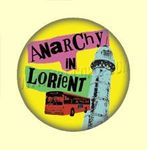 Badge ou Aimant 032 - Anarchy in Lorient - Fond jaune