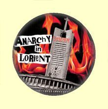 Badge ou Aimant - Anarchy in Lorient - Eglise en flammes