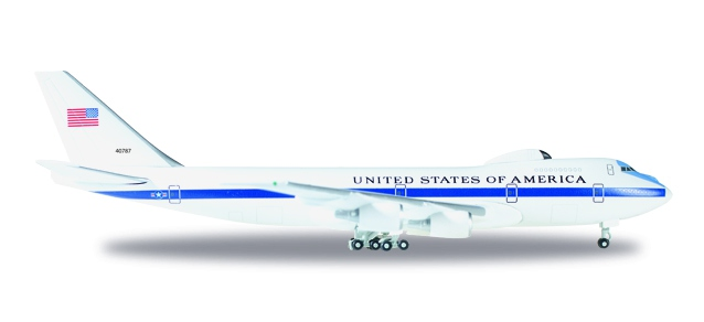 "U.S. Air Force Boeing E-4B ""Nightwatch"" Advanced Airborne Command Post - 55th wing, 1st ACCs − 74-0787"