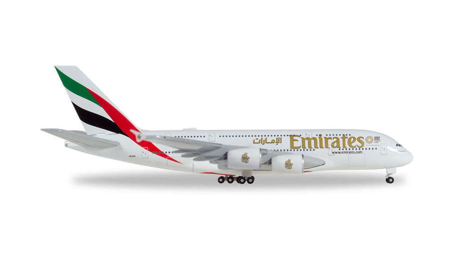 Emirates Airbus A380 A6-EOX