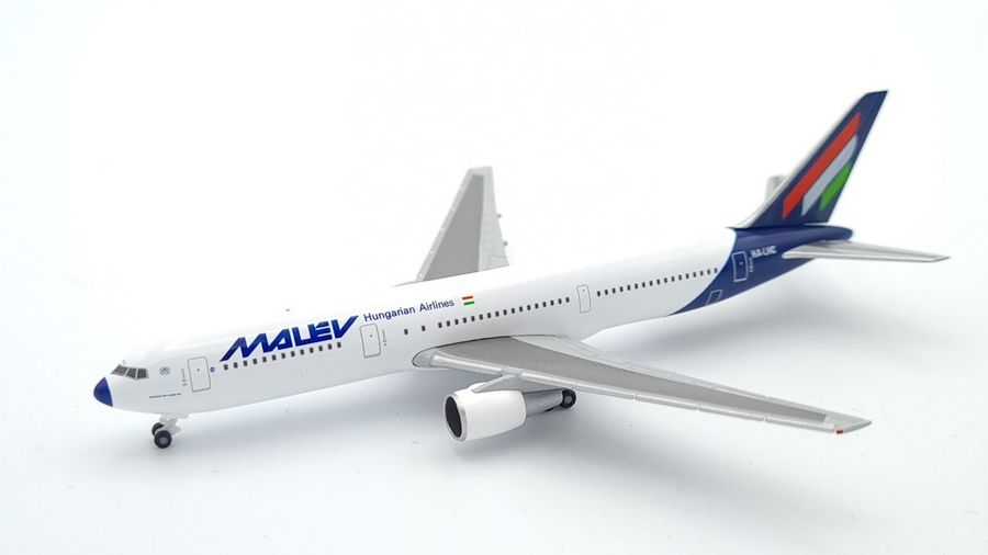 Boeing 767-300 Malév Hungarian Airlines
