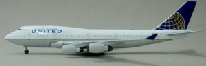 United Airlines Boeing B747-451
