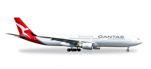 Qantas Airbus A330-300 - new 2016 colors