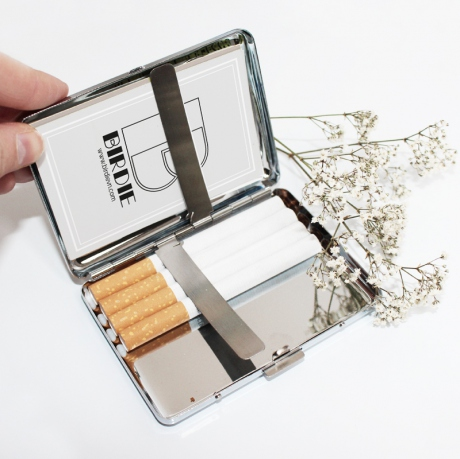 CARDS HOLDER / CIGARETTES HOLDER