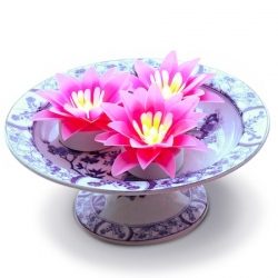 A luminous small lotus thanks to its LED candle - Pink