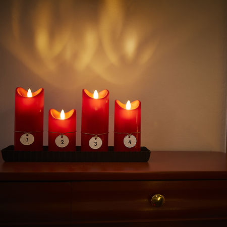 LED candle with moving flame - Red - H15CM