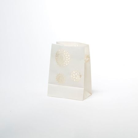 The vegetable paper lantern with LED candle – white BERLINGO