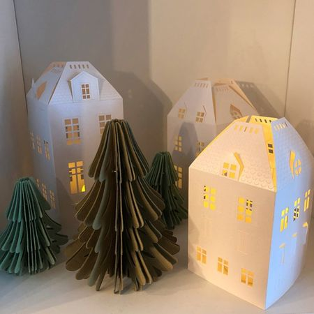 Small Christmas Tree in recycled paper - H 7,5 cm