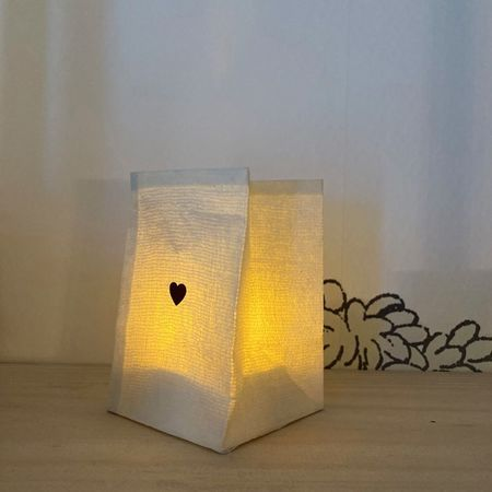 golden heart candleholder