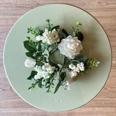 Small Flowers wreath for candles - White