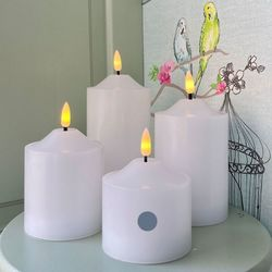Pilar candle in white wax H 9,5 cm