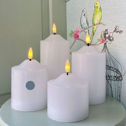 Pilar candle in white wax - H 12 cm