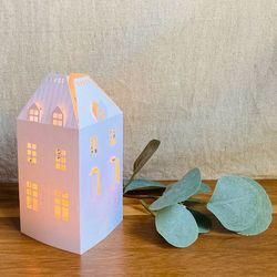 House Holder made in Paper H 15cm - without LED candle