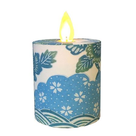 Led candle with moving flame - paper blue flowers