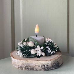 Small Christmas wreath for candles - Red