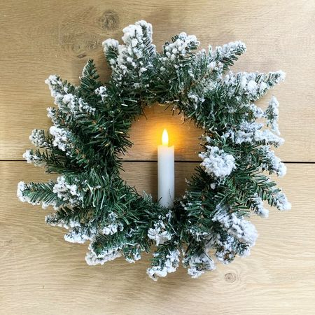 Wreath and LED candle - Ø 30 cm