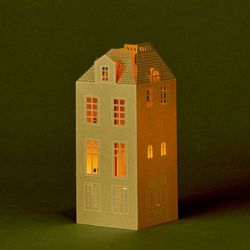 House Holder made in Golden Paper H 16,5cm - without LED candle