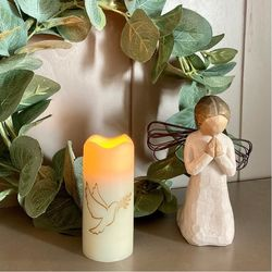 Small LED wax pillar candle - Dove