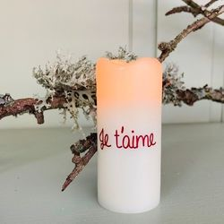 Small wax pillar led candle - red je t'aime
