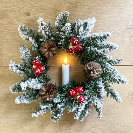 Wreath with mushrooms and LED candle - Ø 30 cm