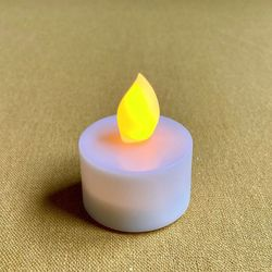 LED white tealight candle Ø3.8CM