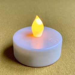 LED 'warm white' tealight - Ø5.5CM