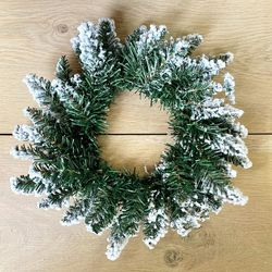 Wreath - artificial fir - Ø 30 cm