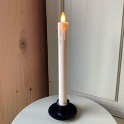 Retro taper candle with moving flame
