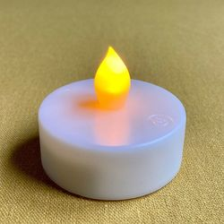 LED tealight yellow flame - Ø5.5CM