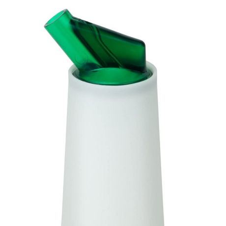 Store and Pour Quart Green