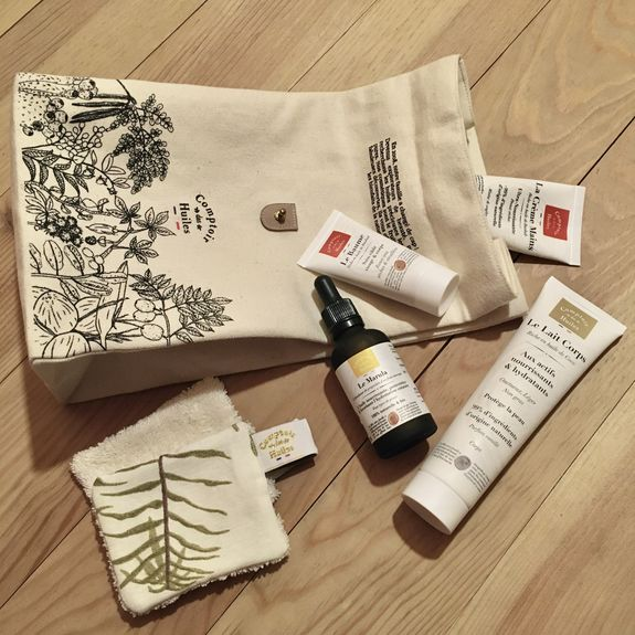 Is it for a gift ? Choose our beautiful reusable bag !