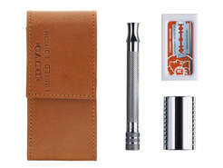 Merkur Travel Razor in camel leather case